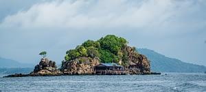 Phi Phi Island   TRAVELMONKRIDER